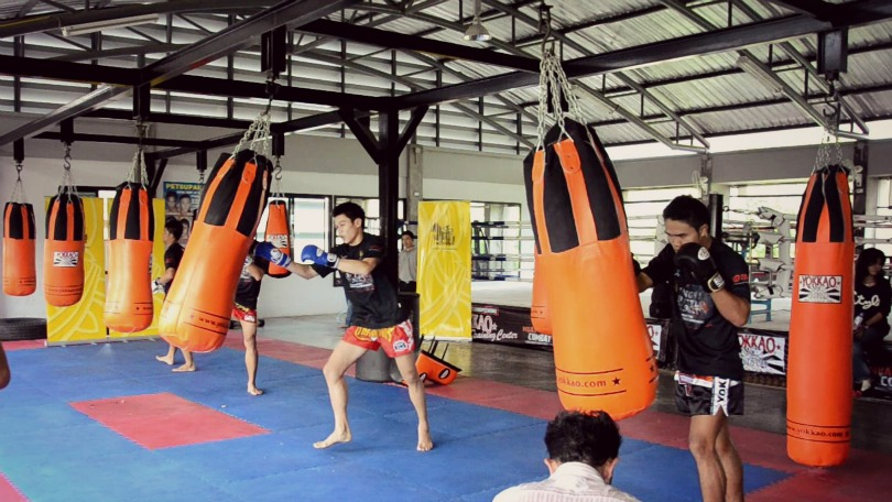 10 Muay Thai Heavy Bag Workouts Drills